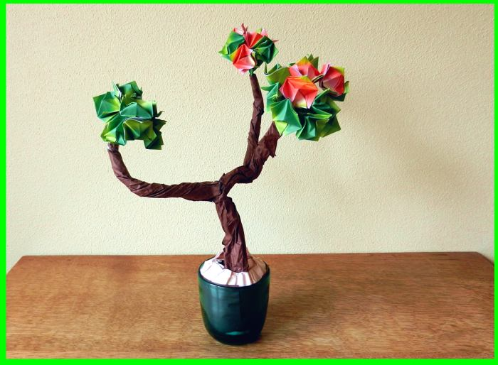 Bonsai origami plant with flower buds