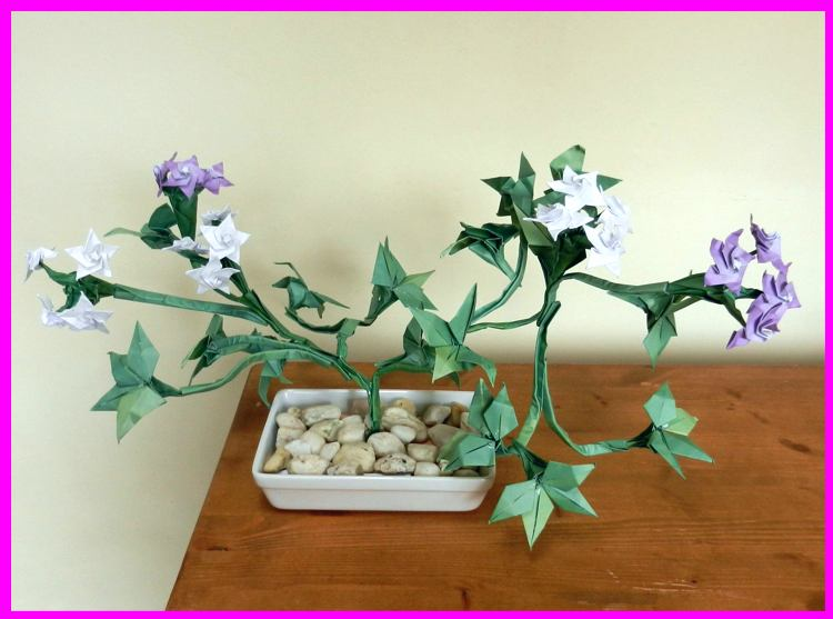 Bonsai Origami Plant with small flowers