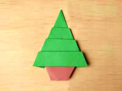 flat model of a christmastree