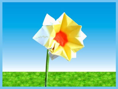 origami daffodil with stem