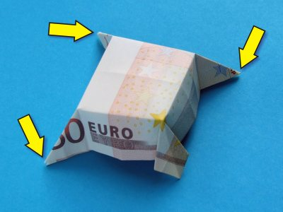 How to Fold a Simple Origami Mouse « Tavin's Origami :: WonderHowTo | 300x400