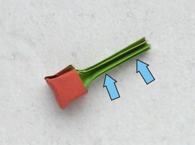 how to fold an origami red berry