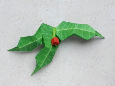 how to craft an origami holly leaf with red berries