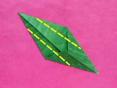 diagrams for making a large origami houseplant