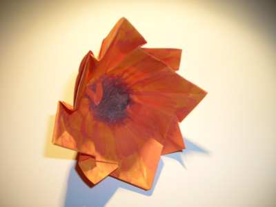 origami flower with 8 cute petals