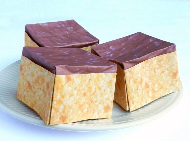 origami cakes with chocolate