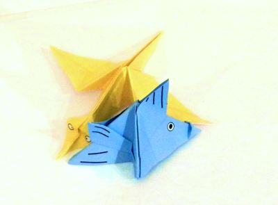 two 3d origami jigsaw pieces