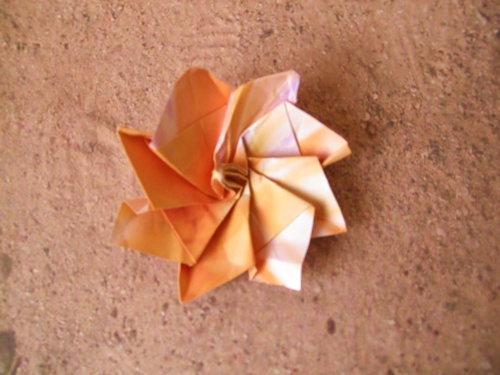 advanced origami flower with eight petals