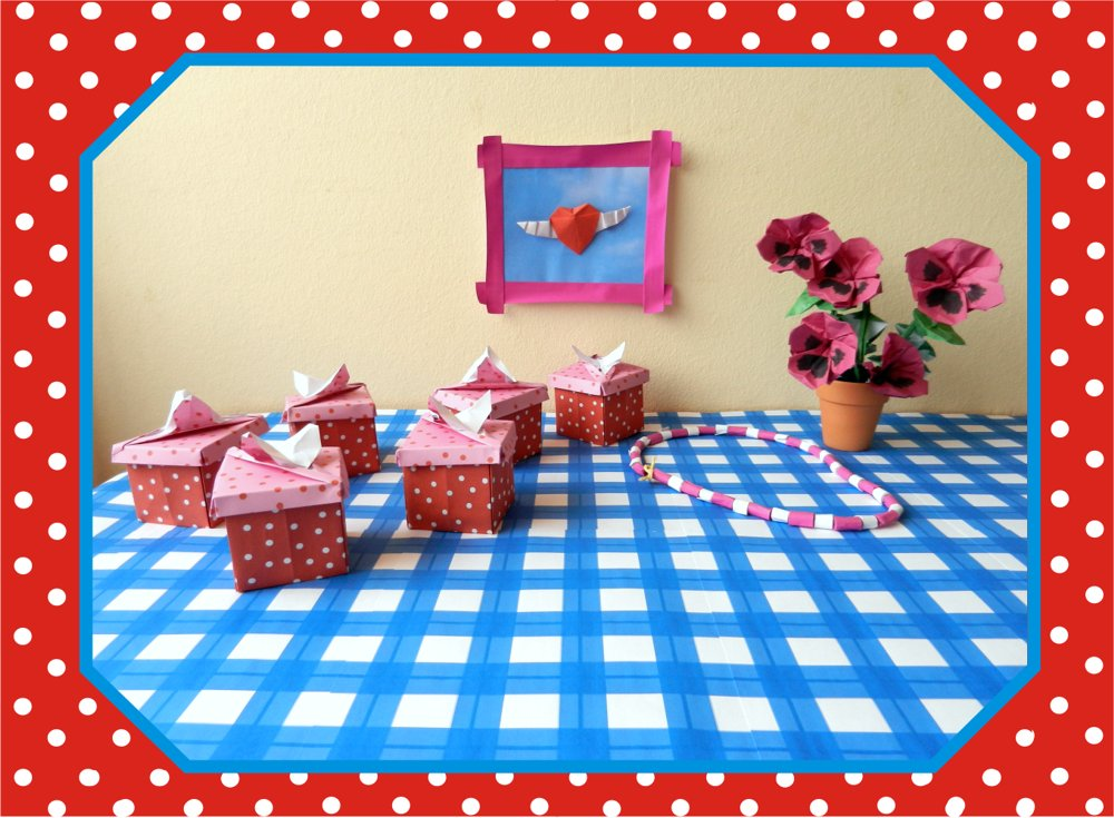 free card with square origami polkadot boxes
