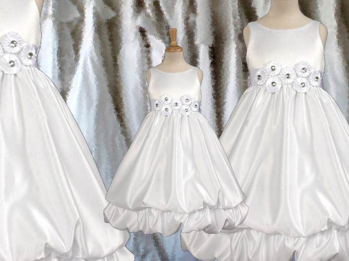 Wedding girl dress with rosettes