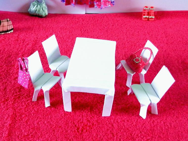 Origami Table and Chairs